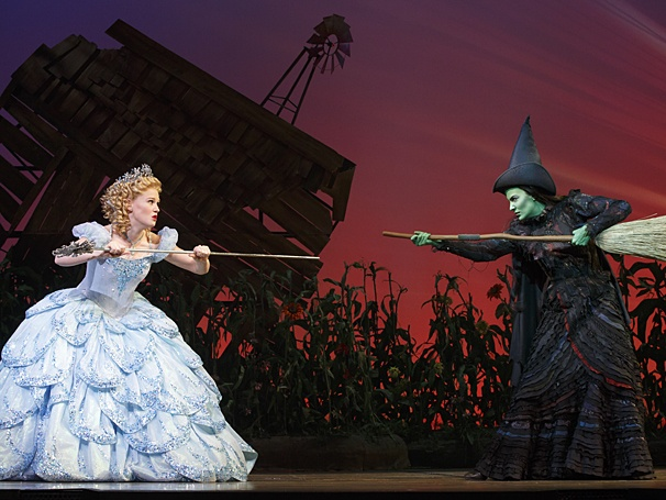 photo credit: Production photos of the national tour of Wicked © Broadway.com