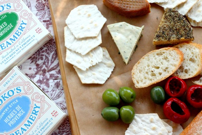 How To Create A Vegan Cheese Platter